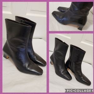 Etienne Aigner Camera Black Leather Boots - 9W